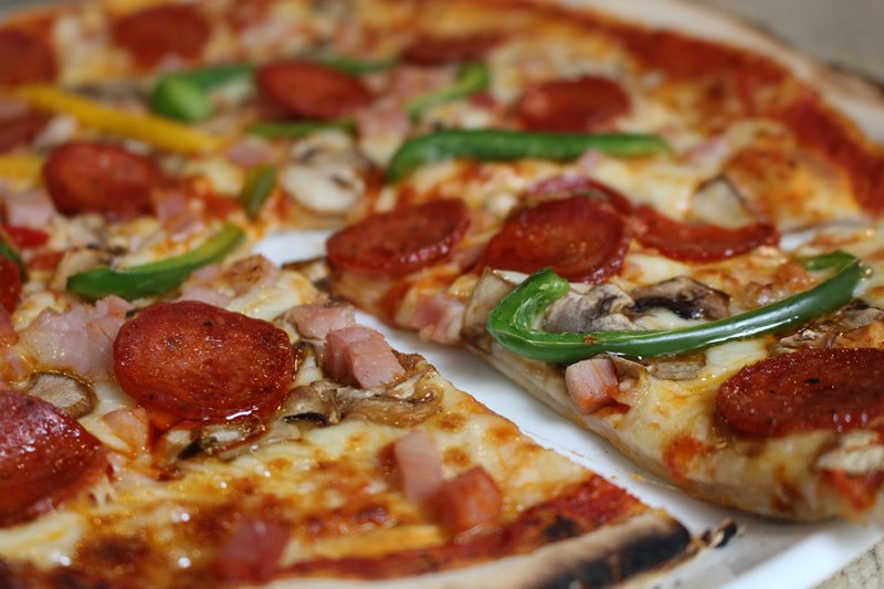 Pizza Parlour Restaurant Peterborough - pizza