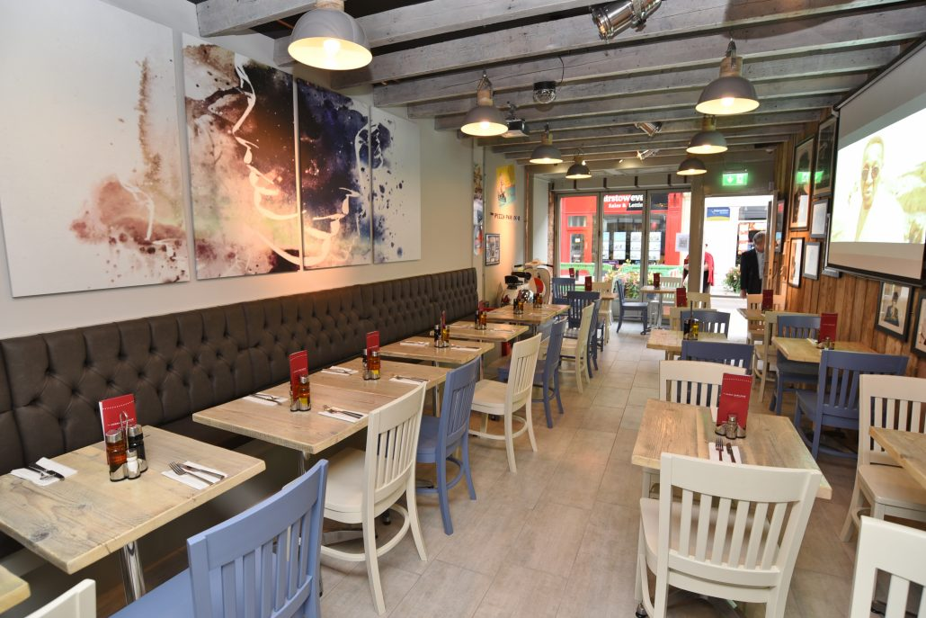 Pizza Parlour Restaurant Peterborough - interior