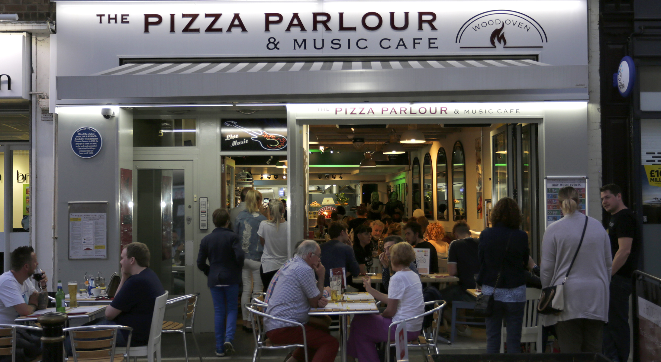 Photo-PizzaParlour-exterior