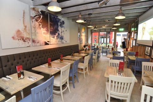 Pizza Parlour Restaurant Peterborough - interior